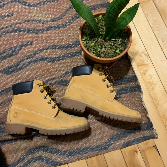 6f01675aba061 Timberland Shoes | Boots Preloved | Poshmark